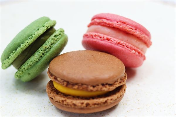 French Macaron with Strawberry Filling